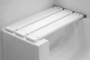 White-Folding-Tub-Seat-White-Smooth-Walls_HR_bci